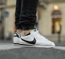 NIKE CLASSIC CORTEZ PREMIUM Running Trainers Gym Casual - UK 9 (EUR 44) White