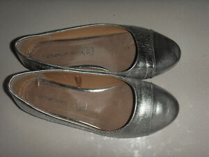 """""""TARGET"""" Silver Metalic Flats, Size 9, Leather Sock"""
