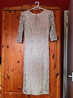 Ladies Beautiful Cream Lining Dress Size 8 Dorothy Perkins UAE