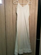 Unbranded Vintage Full Slip Nulon 30 inches bust kick slit up the back