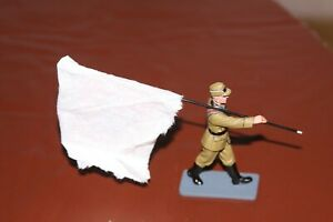 King and Country WWII BERLIN 38 RAD Banner Bearer LAH 232