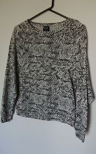 Bonds Zig Zag Chevron Tribal Sweat Crew Neck Pullover Jumper Size 8