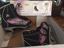 Jackson Softec Kids Ice Skates Size 3 Barely Worn