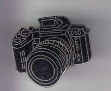 RARE PINS PIN'S .. TV RADIO PRESSE PHOTO PHOTOGRAPHIE APPAREIL PENTAX Z-10 ~D2