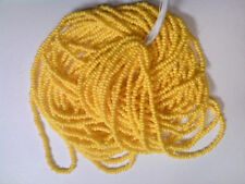 VTG 1 HANK SUNNY YELLOW ROCAILLE OPAQUE SEED BEADS 10/0 #012419l