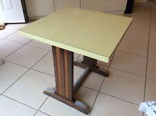 Bistro 1950 table de bistrot années 50 plateau formica pieds bois et zinc