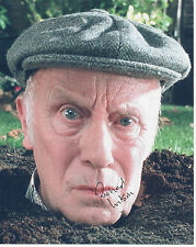 RICHARD WILSON Signed 10x8 Photo ONE FOOT IN THE GRAVE & MERLIN COA