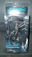 NECA Aliens Vs. Predator AVP Warrior Alien Figure Unopened Authentic