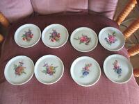 """Set Of 8 Schwartzenhammer Porzellan Wild Flowers Plates 3 3/4"""" Round Collector"""