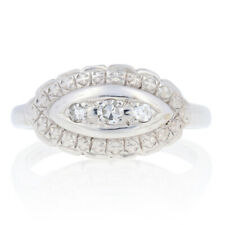 Simple Coupe Diamond-Accented Vintage Bague - 14k or Blanc Festons Bordure
