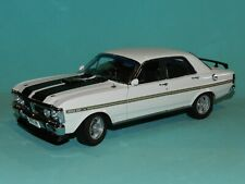 Classic Carlectables 18716 1/18 Ford XY Falcon Phase III Gt-ho Ultra White BRAND