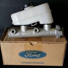 Genuine Ford Brake Master Cylinder Taurus Sable Crown Victoria 90 91 92 93 94 95