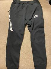 Boys Nike Joggers Sweatpants Xl