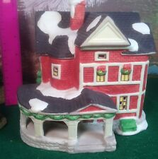 "Christmas Village collectable- ""1990 Rex & Lee"", Country House, Lights Up Dsplay"