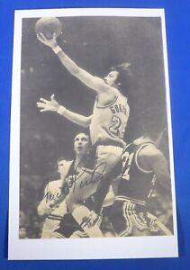 GAIL GOODRICH HOF autograph signed auto 5x8 index Los Angeles Lakers
