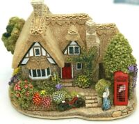 Lilliput Lane Chatterbox Corner L2333 complete with Deeds