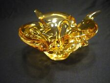 "CHALET ""VINTAGE"" HONEY GOLD TO CLEAR ART GLASS PIECE -  NOT SIGNED (#1711)"
