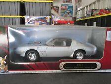 1979 Pontiac Firebird Trans Am Road Signature Silver Deluxe Edition 1:18 Scale