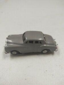 BENTLEY / LIONEL ROLLS ROYCE , TJET HO SLOT CAR vintage rare toy silver gray