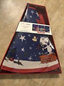 """HALLMARK A CHARLIE BROWN CHRISTMAS 48"""" FIBER OPTIC TREE SKIRT BRAND NEW"""