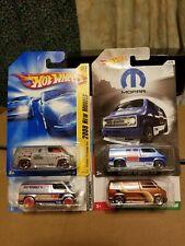 Hot Wheels - Custom '77 Dodge Van ( lot of 4 vans )