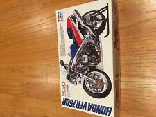 Tamiya Honda RC30 1/12 scale model vfr750r vfr