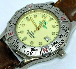 Vintage 1500 Professional Men 200m Diver Analog Quartz Watch Hours~Date~New Batt