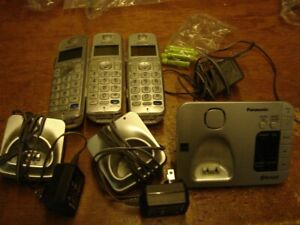 Panasonic KX-TGE260 Home Phone With 3 Handsets