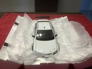 1:18 HOLDEN COMMODORE VEII EXCLUSIVE LIMITED EDITION