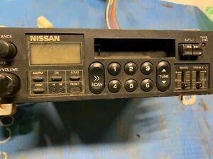 1983 Nissan Pulsar AM, FM radio