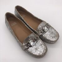 Stuart Weitzman Silver Cracked Leather Jewel Chain Loafers Size 7.5 Glam Classy