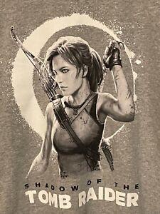 SHADoW Of The TOMB RAIDER Men's L Gray LARA CROFT Graphic Short Sleeve T-shirt