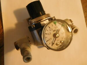 Nice SMC SRH4011-04 REGULATOR with MPa Gauge With push to Connects