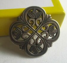 JAMES AVERY STERLING SILVER FLOWER SCROLL BROOCH.(RETIRED) USED. 4696