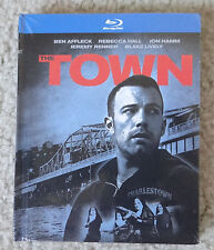 The Town 2-Disc Blu-ray Book w/ Extended and Never-before-seen Alternate Ending