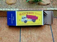 LESNEY MATCHBOX 'REG.WHEELS' NO.3b BEDFORD TIPPER CUSTOMISED DISPLAY BOX ONLY