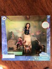 "Genuine DISNEY Princess SNOW WHITE Dance Party playset Dopey Grumpy 11"" doll NEW"