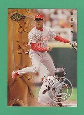 1995 Leaf Great Gloves Barry Larkin Cincinnati Reds #9 (KCR)