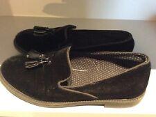Boys Zara velvet shoes size 38