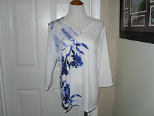 New Chico's NWT Zenergy Jada Place Floral Tee Top Blouse Blue Grotto 3=16/18 XL