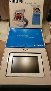 "DIGITAL PHOTO FRAME Philips 7FF1AW/37 High Pixel Density 6.5"" 5.4""x3.6"" in box"