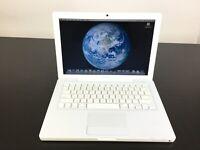 13'' A1181 Apple MacBook With 2.13 Ghz Dual Core Processor 2GB RAM 150GB HD