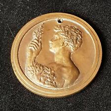Ancienne medaille 1956. Diamètre 3,5cm