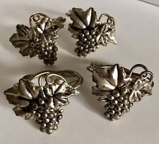 Metal Grape Leaf Napkin Rings Set of 4 Silver Tone Nature Style Grape Tableware