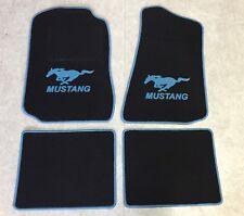 Autoteppich Fußmatten für Ford Mustang 1994'-2004' schwarz hellblau 4teilig Neu