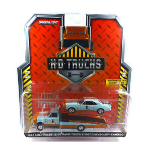 Greenlight 33180-A Chevrolet C-30 & Camaro Gulf - HD Trucks 1:64 New °