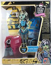 Monster High 2011 Frankie Stein Home Ick Daughter Of Frankenstein Doll Set New