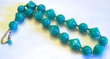 Chunky Necklace Pretty Turquoise Lucite