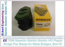 EE 7066 NEW Marklin HO Green Pier Base 3mm, 1/8 inch tall Box of 10 (LN to New)