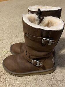 UGG Australia  KENSINGTON Zip Leather Sheepskin Winter Boots Women's sz 4(1969)
